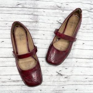 LIFE STRIDE Dominique Flat Mary Janes Red Size 10